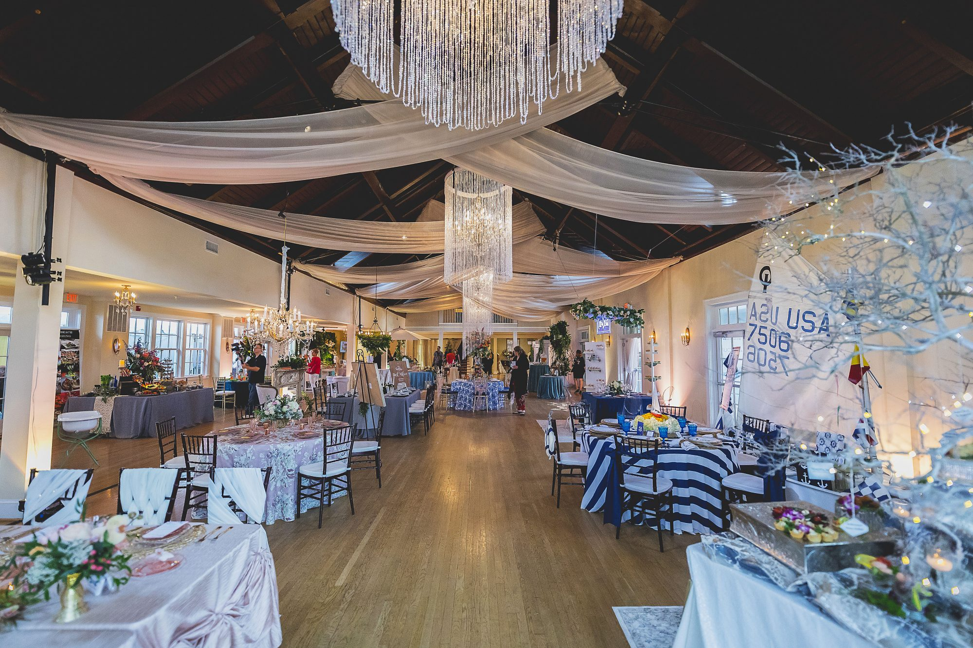 Have a Crystal Clear Vision for your Wedding!