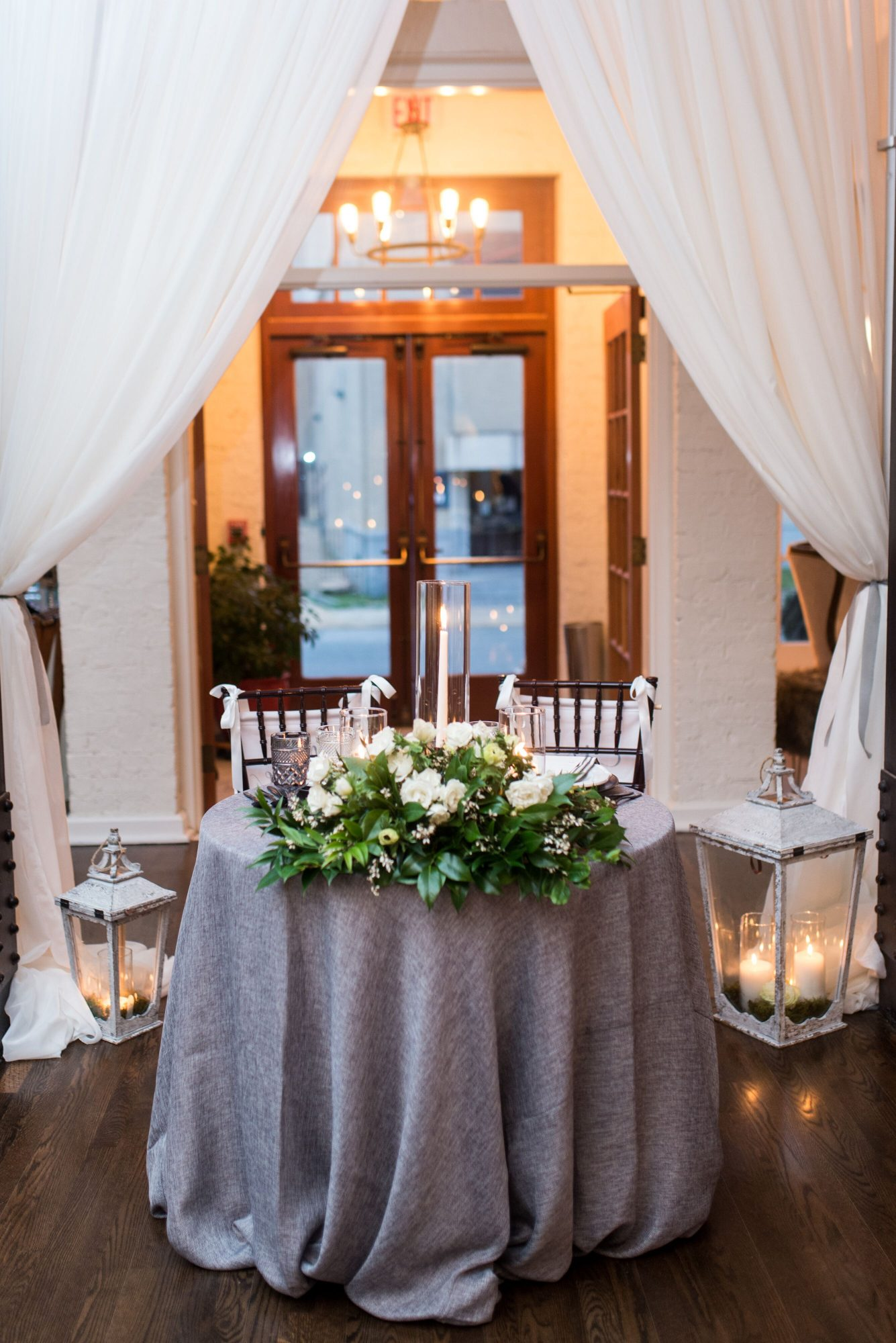 Waterford Wednesday: Special Sweetheart Tables